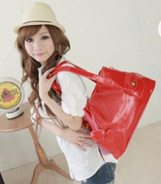 Мы занимаемся поставками сумок из Китая (так же имеются реплики, копии...